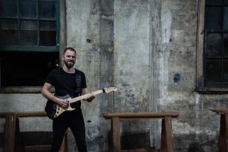 Jamie Valente - Guitar